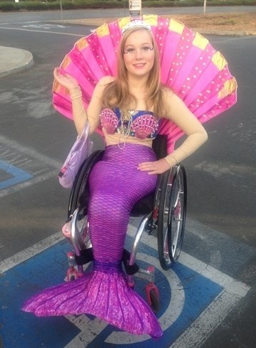 mermaid-wheelchair-costume2.jpg